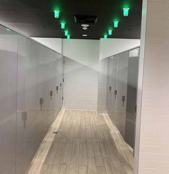 FLOOR-MOUNT-PRIVADA-TOILET-PARTITIONS-WITH-TOOSH-LIGHTS
